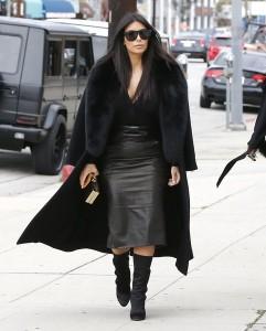 Kim+Kardashian+Dresses+Skirts+Pencil+Skirt+UGEvXSpKSzvl